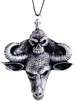 Collier Médaillon Satanique